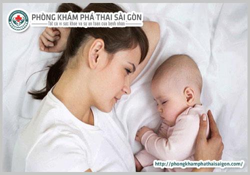 Tại sao phụ nữ sau khi sinh dễ mắc bệnh trĩ?